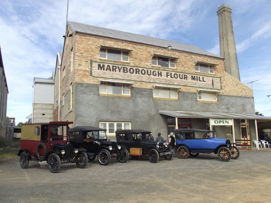 Maryborough, Australien: T model Fords at the Mill - we get a lot of car clubs visiting
