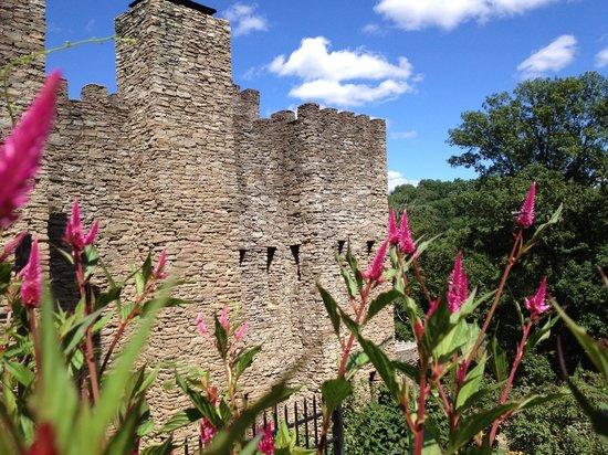 Loveland Castle: Terraced garden in bloom
