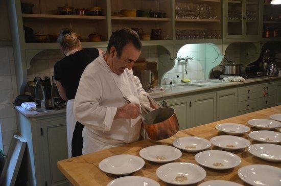La Mirande Hotel: Soup for 25