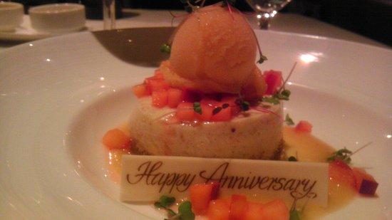 1789 Restaurant : Anniversary dessert