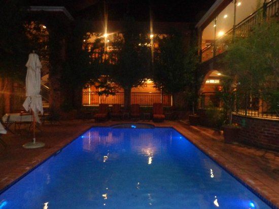 Faircity Quatermain Hotel : Área de Piscina