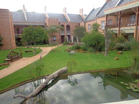Faircity Quatermain Hotel : Áreas