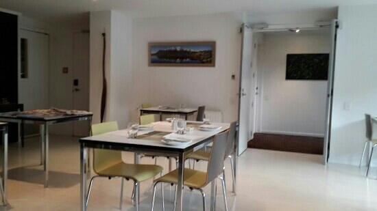 Queenstown Park Boutique Hotel: breakfast room