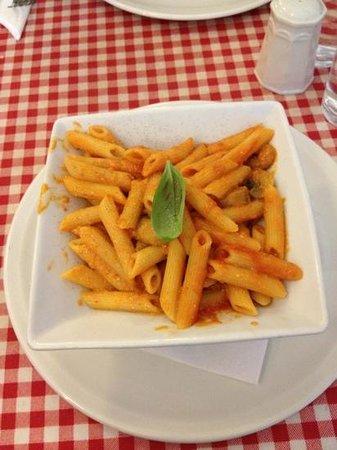 Amed Cafe & Bistro