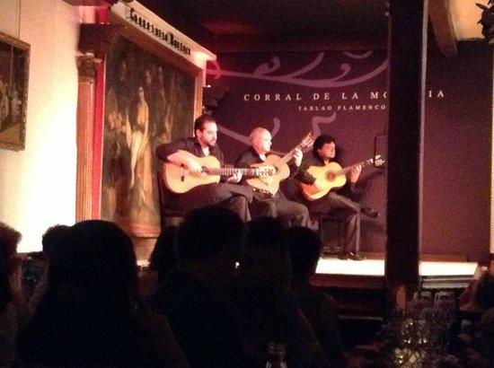 Corral de la Moreria: ギターのみの演奏