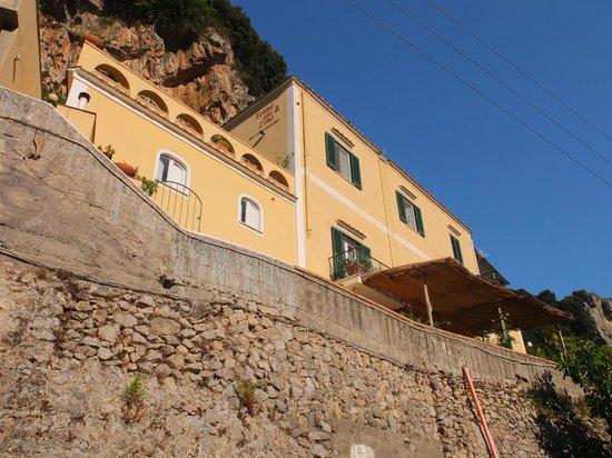 Torre dello Ziro : Vue du chemin vers Amalfi