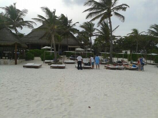 Ana y Jose Beach Club: club de playa