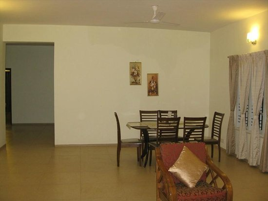 Treebo Oleander Serviced Apartments: Dining Area
