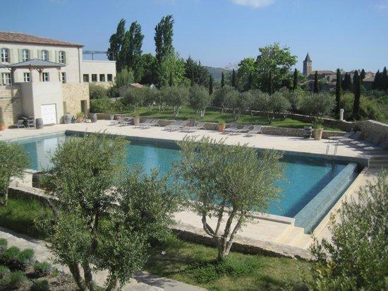 Jardins de Saint-Benoit: Piscine Commune