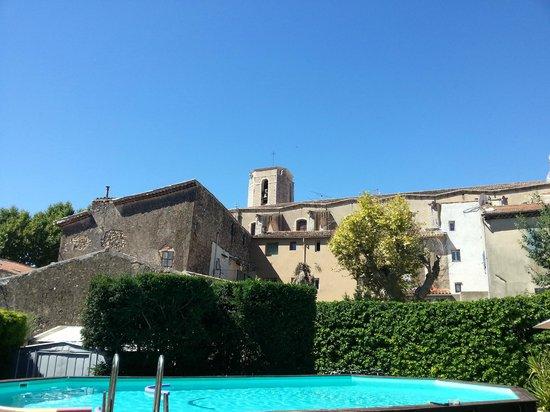 Maison Du Midi: The pool