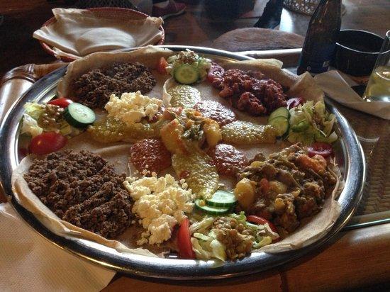Abyssinia: piatto per 4