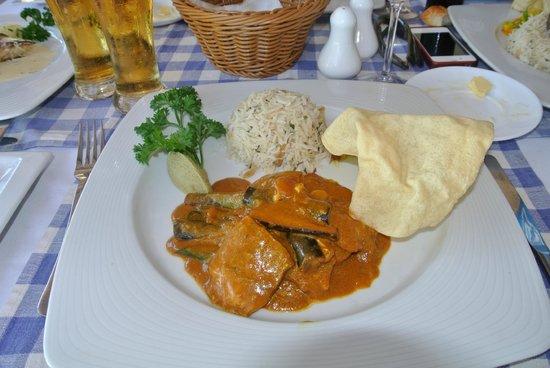Le Capitaine: curry de poulet aubergine
