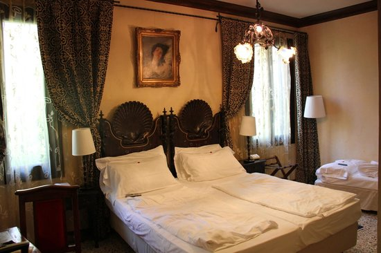 Novecento Boutique Hotel : bed room