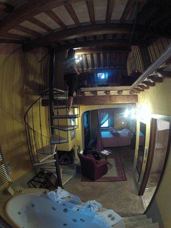 """Hotel Palazzo del Capitano Exclusive Wellness & Relais : camera """"Saturno"""""""