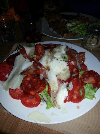 Hotel Le Balcon : La salade Ibérique