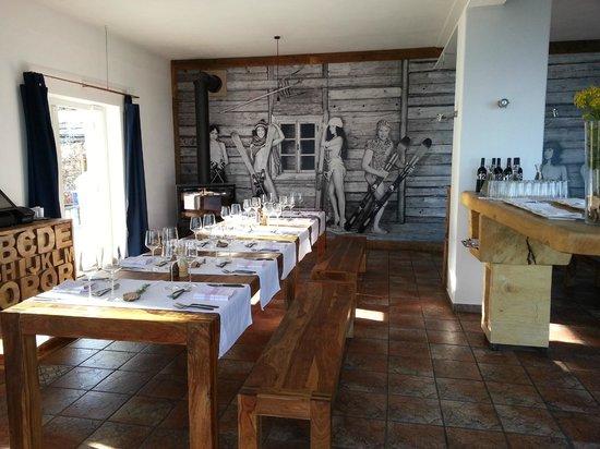hotel12: Dining area