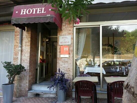 Hotel Belgique: Entrada