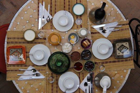 Riad Alena : encore pti déj' typique marocain !