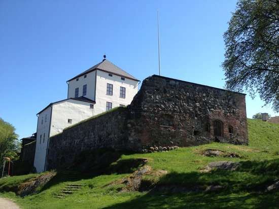 Nykoping Castle : by the river