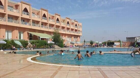 Ryad Mogador Kasbah: piscine riyad mogador kasba
