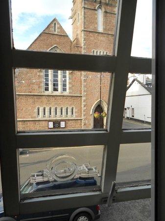 Douglas Arms Hotel: Veduta dalla camera doppia