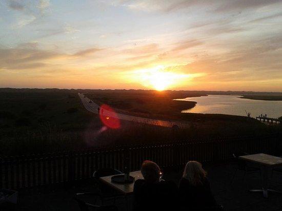 Nymindegab Kro : Solnedgang, set fra restauranten