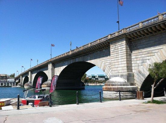 London Bridge Resort : London Bridge