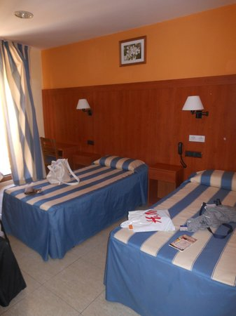 Hotel Canton: camera1