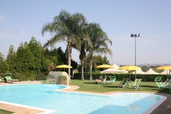 Il Podere Hotel: tuin