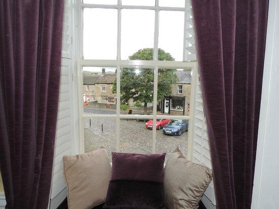 Grassington House: Square room.
