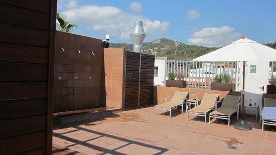 Hotel Delfin: Terraza del hotel