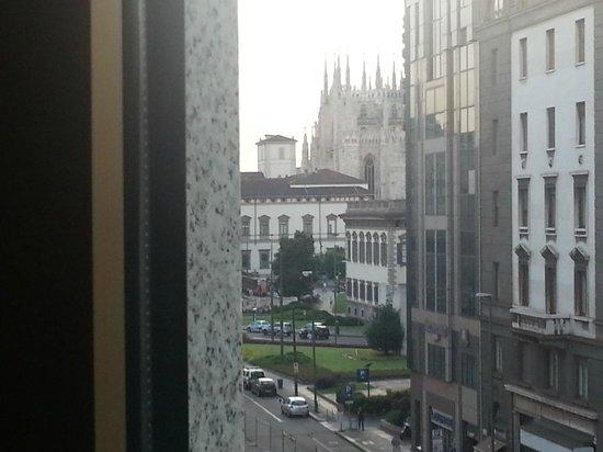 NH Collection Milano President: Scorcio del duomo dalla camera 408