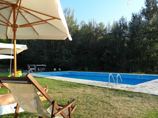 Le Case: piscina stupenda