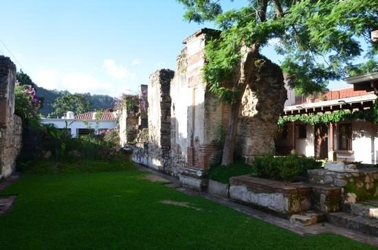 Hotel Cirilo: garden view Cirilo