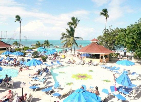 Breezes Resort & Spa Bahamas: piscine du Breezes