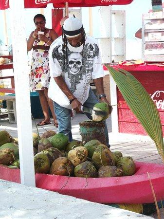 Breezes Resort & Spa Bahamas: coco