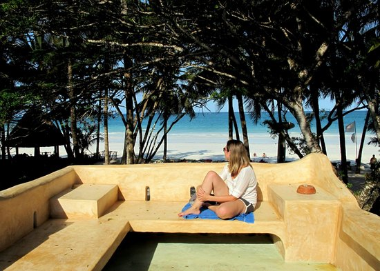 Kenyaways Beach Bed & Breakfast: One of a numerous to lounge and relax
