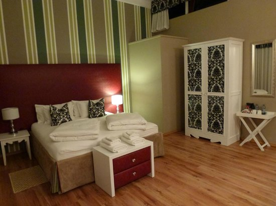 Namib Guesthouse: Geschmackvoll eingerichtetes, komfortables Zimmer