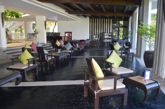 Aonang Villa Resort : Salon (tea time)