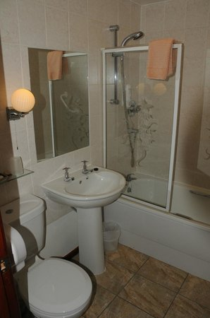 The Old Inn: Proper sanitair