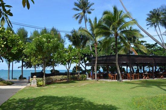 Aonang Villa Resort : Espace petit-déjeuner