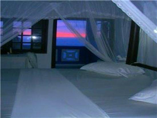 Sun Set Point Hotel: sea view Room