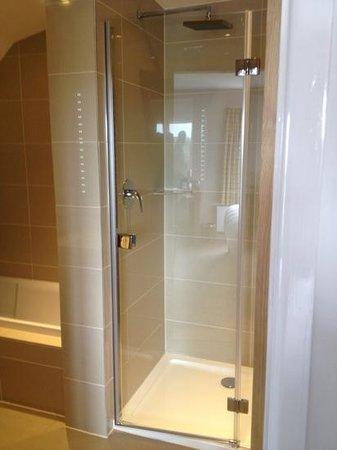 Hebasca: room 301 shower.