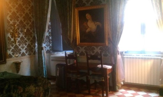 Antica Dimora de Michaelis: Part of our room