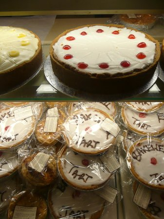The Bakewell Tart Shop & Coffee House: Party sized Bakewell Tarts