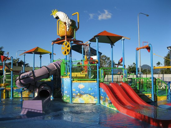Ingenia Holidays Cairns Coconut: Splash park, with warm water