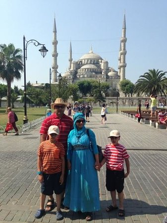 Antis Hotel: at the blue mosque