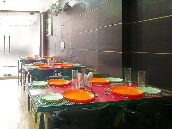 Hotel Amrit Villa: Restaurant