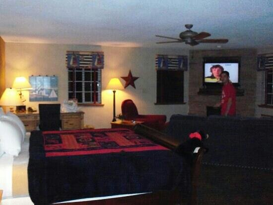 Stoney Creek Hotel & Conference Center - St. Joseph: stoneys boathouse suite