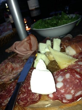 Il Casello Country House B&B : antipasti from the hosts
